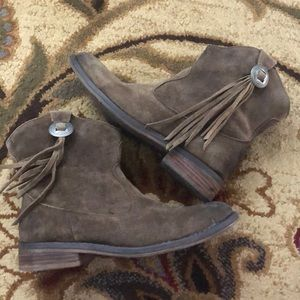 Ralph Lauren Aubrie Leather Booties, size 6